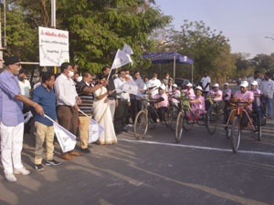 BHAVNAGAR-DIVYANG-TRICYCLE-COMPETITION