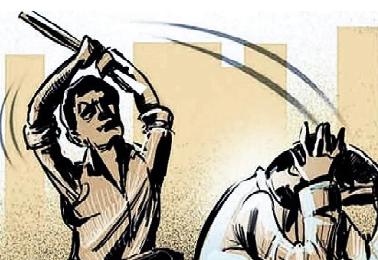 જેતપુરમાં અગાઉ પોલીસ અરજી કર્યાનો ખાર રાખી મહિલા -દંપતી પર 2 શખ્સોનો હુમલો