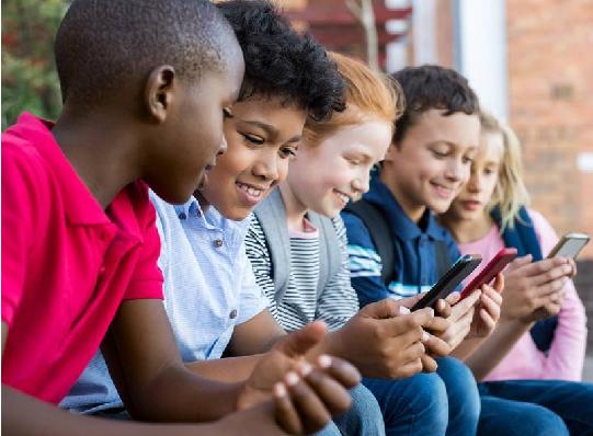 માસુમ બાળકોને ભયાનક અને શેતાની માયાવી મોબાઇલની માયાજાળથી છોડાવો